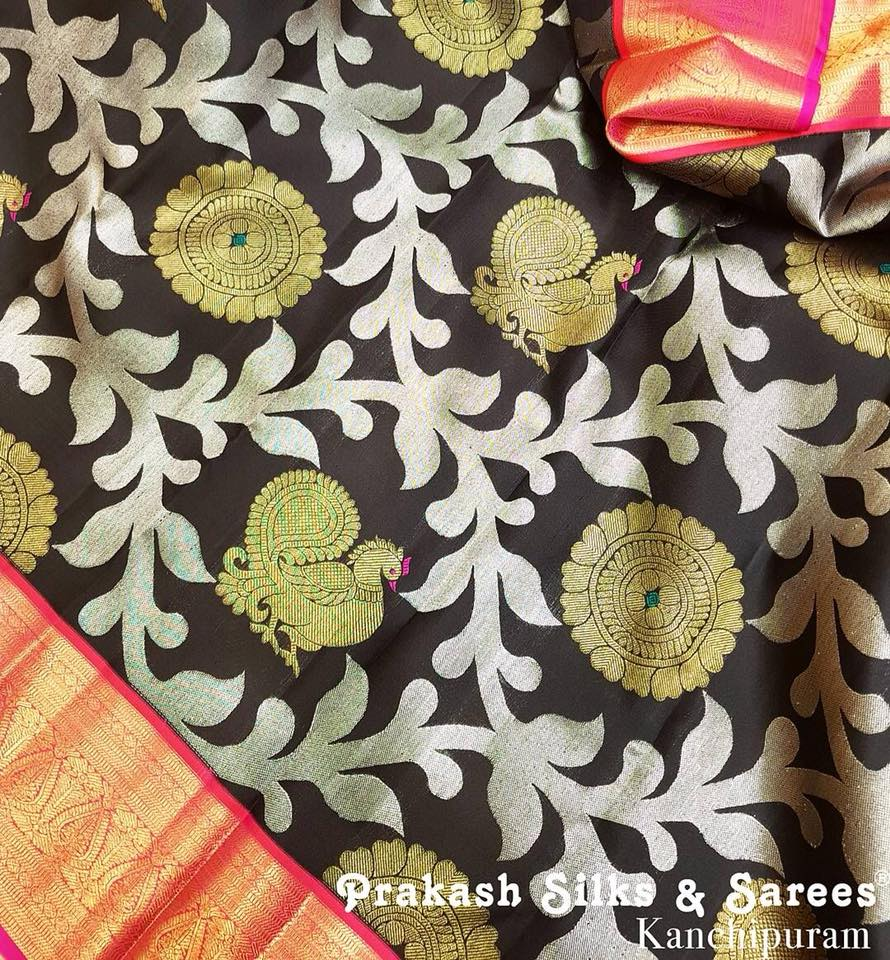 Pick from the Best of Beautiful Traditional Sarees Online